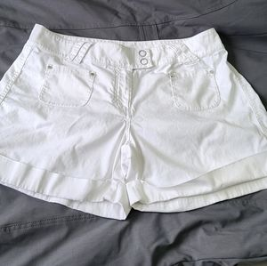 White house black market white shorts
